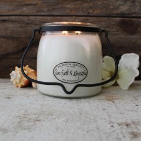Sea Salt & Magnolia średnia świeca Milkhouse Candle