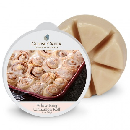 White Icing Cinnamon Roll wosk Goose Creek